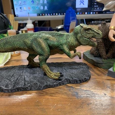 t rex sculpture scaled